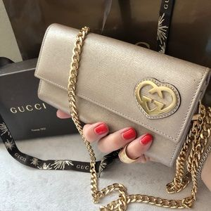 GUCCI Metallic Leather GG Heart Wallet Crossbody